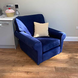Testimonial Janes Chair